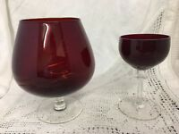 STUNNING RETRO RICH RUBY RED COLOURED BRANDY BALLOON Clear Stem & Smaller Glass