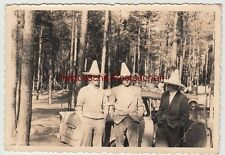 (f12048) Orig. Photo holiday in arendsee, DDR 1959, Men M. Sombrero A. Trabant