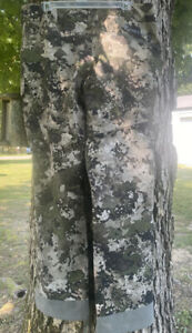 Cabela's Instinct Men's Lightweight Backcountry Camo Active Pants Size 36, NWT