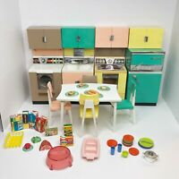 Vintage Barbie Reading Deluxe DREAM KITCHEN Furniture Dinette Food Dishes