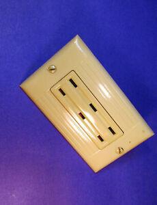 Vintage Ivory Sierraplex Outlet Receptacle + Sierra Ribbed Ivory Wall Plate