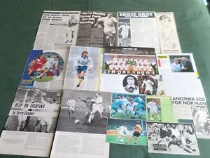 LEEDS UNITED  - FOOTBALL TEAM  CLIPPINGS /CUTTING PACK