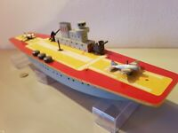 Tin & wood Toy 1950'a VENTURA-Italy NAVY AIRPLANE/FIGHTER CARRIER mechanical.