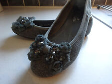 Tissu gris Plates Chaussures Avec Ruban & verre beaads Taille 4