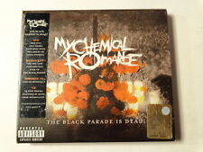 MY CHEMICAL ROMANCE  -  THE BLACK PARADE IS DEAD!  -  CD+ DVD  NUOVO E SIGILLATO
