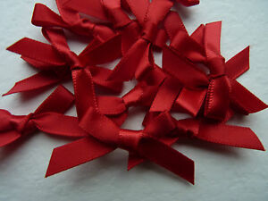 20 x SMALL RED SATIN RIBBON BOWS