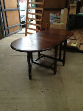 Vintage/Retro Up to 6 Seats Oval Kitchen & Dining Tables