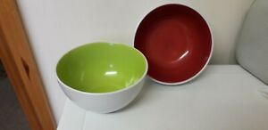 NICE SET...BOWLS...LIME GREEN...DARK RED..POTTERY...SOUP BOWLS..TABLEWARE