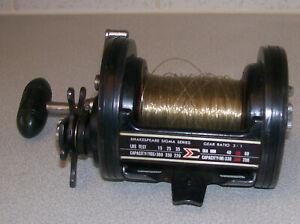 Vintage lightly used shakespeare sigma series 2951-350 baitcaster-multiplier