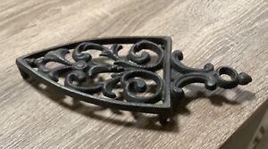 Vintage cast Iron trivet, Scrolls design