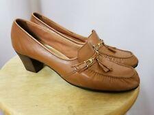 Vintage ladies Naturalizer's camel colored pumps shoes 10 1/2 narrow