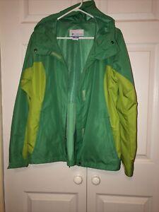 Columbia Sportswear Women's Omni Shield Lightweight Windbreaker Jacket Green