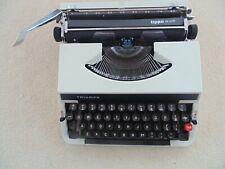 Triumph Tippa De Luxe Vintage Retro Typewriter 70-ties Case Japan Portable Adler