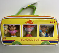 Nickelodeon Dora Boots  Diego School bus toys in carrying case 2009 TV show