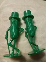 "Vintage  1950's Mr. Peanut 3"" Plastic Salt And Pepper Shaker Set Green NEW"