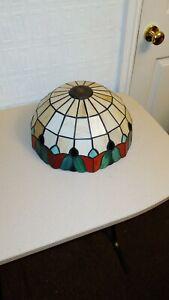 Round tiffany style light shade