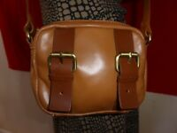Kesli Dagger Brown Leather Small Crossbody Handbag Satchel Tote Purse Bag Zip