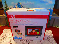 """New HP 7"""" Digital Solid Wood Picture Frame w/Remote df780b2, 2GB Internal Memory"""