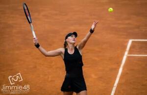 Kristina Mladenovic photo 12 to choose from