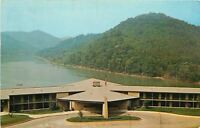 Buckhorn Kentucky~Buckhorn Lake State Park~Beach and Bath House 1950s Postcard