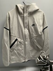 Nike Tech Fleece Jacket / Cream / Small / New Without Tags