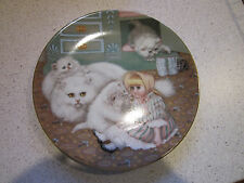 THE HAMILTON COLLECTION, COLLECTOR PLATE, ;CAPTIVE AUDIENCE'  NO 3155HH