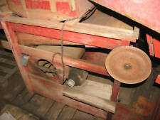 A. T. Ferrell & Co. / Clipper grain cleaner Mill With Grain Leg