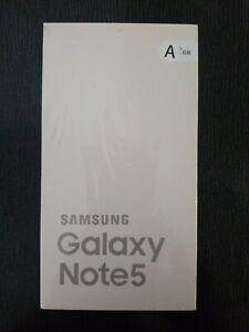 Samsung Galaxy Note 5 - 32GB - White Pearl. (Prepaid Service) Smartphone.