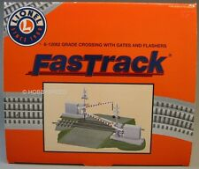 LIONEL FASTRACK GRADE CROSSING GATE FLASHERS 3 rail train fas track road 6-12062