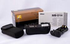 Nikon MB-D14 Multi-Power Battery Pack Empuñadura Vertical D600/D610