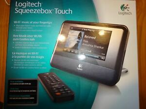 Logitech Squeezebox Touch Wi-Fi Music Player with original remote control