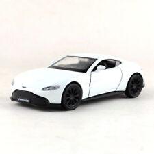 Aston Martin Vantage V8 Sports Car 1:36 Model Car Diecast Toy Vehicle Gift White
