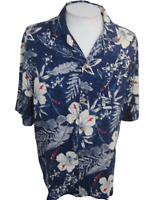Caribbean Joe Men Hawaiian camp shirt pit to pit 26 L aloha luau tropical floral