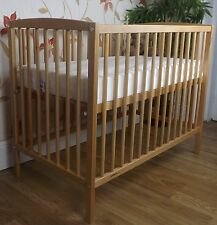 MINI  SPACE SAVER SMALL COT 4 BABY / BEECH  + MATTRESS / Fast Delivery / COMPACT