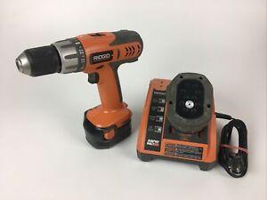 "Ridgid R820011 12v Cordless 3/8"" VSR Drill plus 2 batteries and charger"