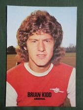 BRIAN KIDD  FOOTBALL  PLAYER ARSENAL   -1 PAGE PICTURE - CLIPPING/CUTTING