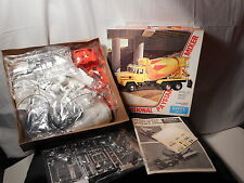 Model Semi Kit International Paystar Mixer