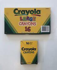 Vintage Crayola Crayons 16 Large and 16 Regular �