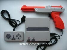 Retro NINTENDO NES Consola Con Zapper Pistola y enchufe de Reino Unido-reproduce Everdrives