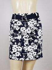 CHAPS size 6p dark blue with white flowers mini skirt with belt