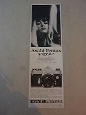 ADVERTISING PUBBLICITA' macchina fotografica ASAHI PENTAX  --1967