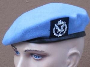Barett:Army Air Corps,AAC,England Heeresflieger,mit Abzeichen,Gr. 54