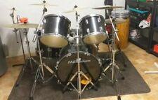 Millenium Schlagzeug gebraucht Schwarz mit viel Zubehör
