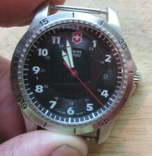 SWISS ARMY QUARTZ WATCH WITH DATE ROTATING BEZEL   NEW BATTERY