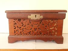 """Antique VICTORIAN Sewing box in Walnut Hand painted with fretwork 9""""x 5"""""""