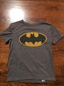 Boy's Batman Short Sleeve T-shirt By Old Navy Size 8