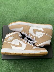 Nike Air Jordan 1 Mid Hemp Tan Gum 554724-271 Men's SIZE 10 Sneakers (Brand New)