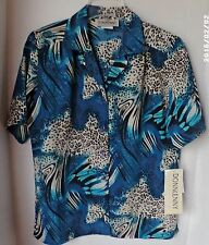 Donnkenny short sleeve button up shirt-Womens size small-green, white, black-NWT