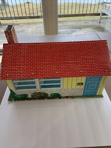 Superior Tin Litho 1-Story Colonial Dollhouse ~T. Cohn 1950's with Furniture