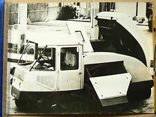 Photo  Camion Voirie Balayeuse    Paris  prospekt truck LKW prospectus bus